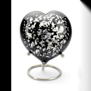 glas urn heart