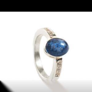 Ring-met-glazen-as-cabuchon-10x8-bl11.126-xxx.png