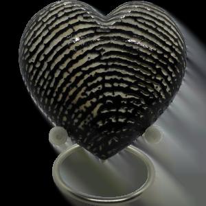 Urn hart met vingerafdruk